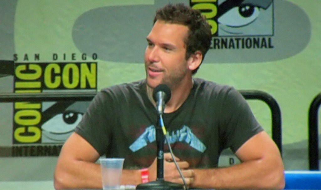 Hero 52308224 dane cook comiccon