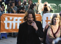 Thumb 1208860 flickr   bucajack   keanu reeves   tiff 09