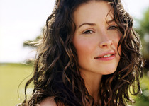 Thumb 66087358 kate evangeline lilly 4806637 1400 1050