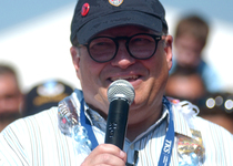 Thumb drew carey us army
