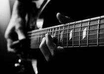 Thumb electric guitar  477100921