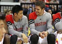 Thumb jeremy lin and chandler parsons