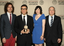 Thumb jonathan krisel  fred armisen  carrie brownstein and lorne michaels at peabody awards