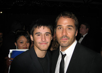 Thumb josh wood and jeremy piven