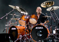 Thumb lars ulrich live in london 2008 09 15
