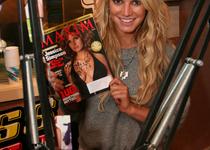 Thumb signed maxim magazine jessica simpson