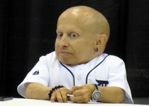 Thumb verne troyer 01  9514707492